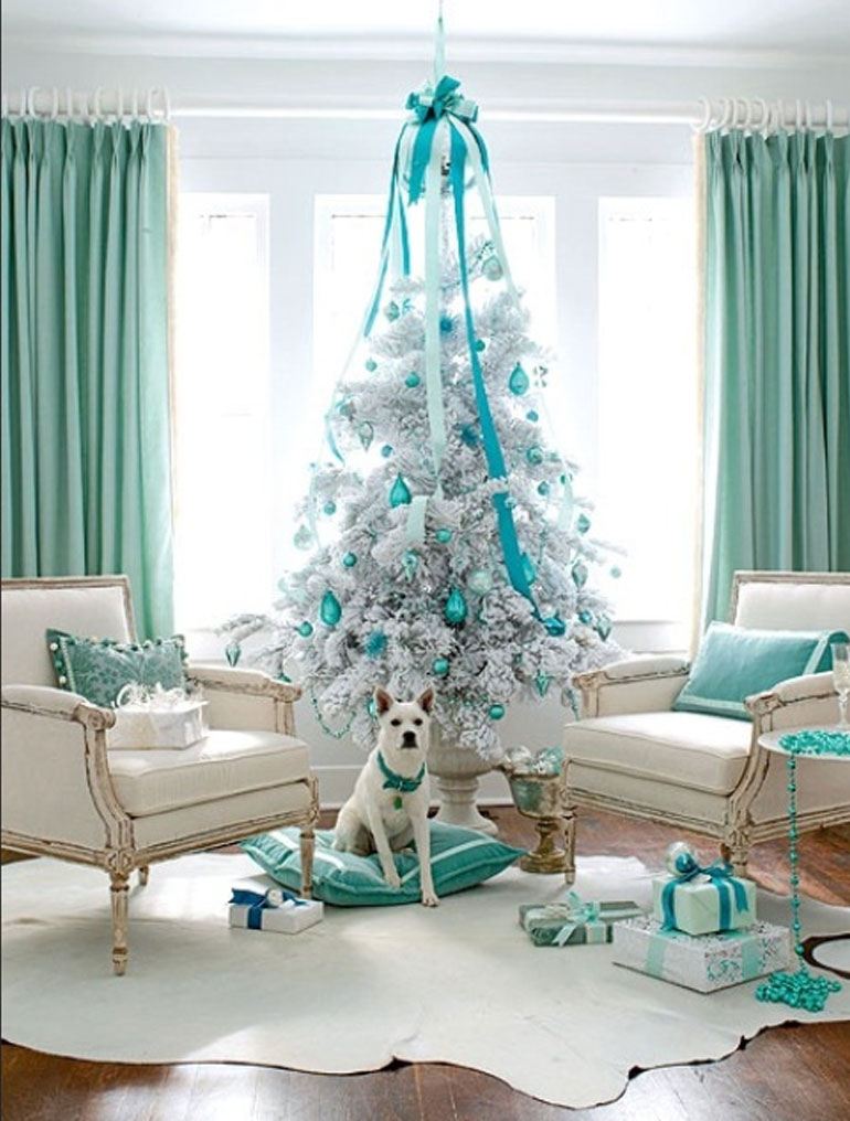 23-awesome-White-And-Silver-Christmas-Tree-Decorations