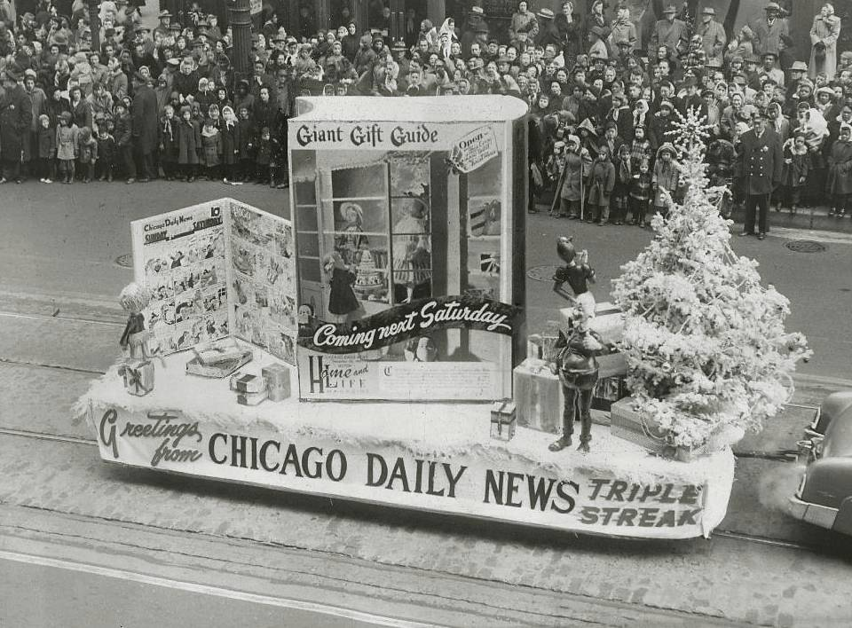 photo-chicago-state-street-christmas-parade-daily-news-float-giant-gift-guide-1951