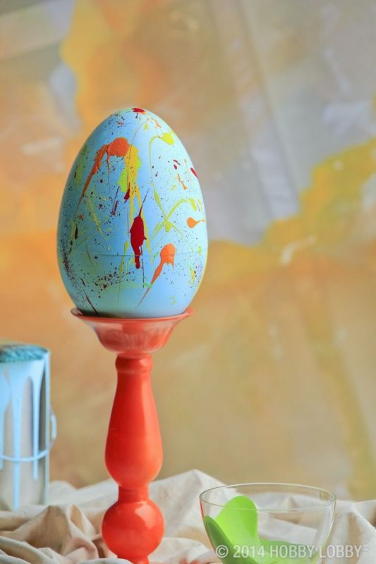Spray Painted Easter Egg Photo Source