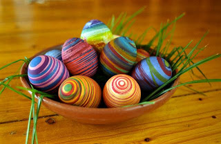 Rubberband Easter Eggs~ Click Here to Find Intstructions