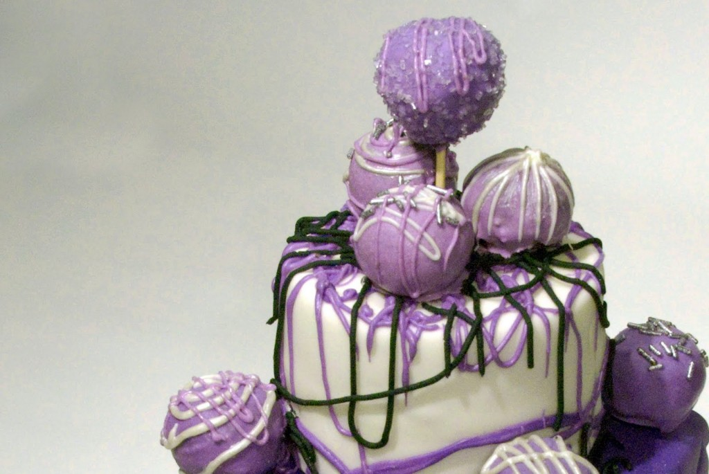 purple cake pops
