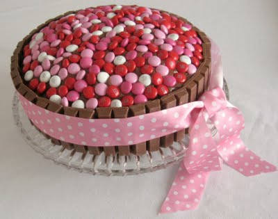 M&M Valentine's Day Cake