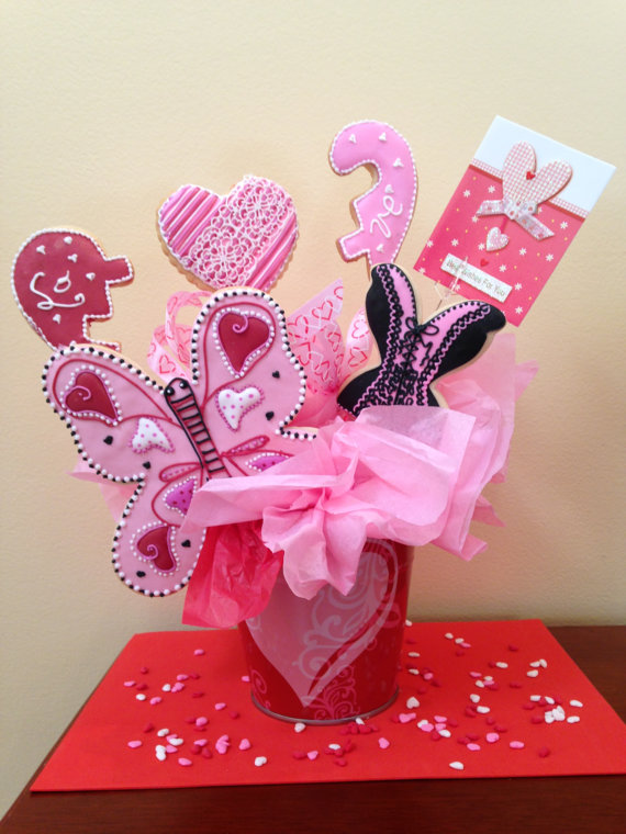 Valentine's Day Cookie Bouquet on Etsy