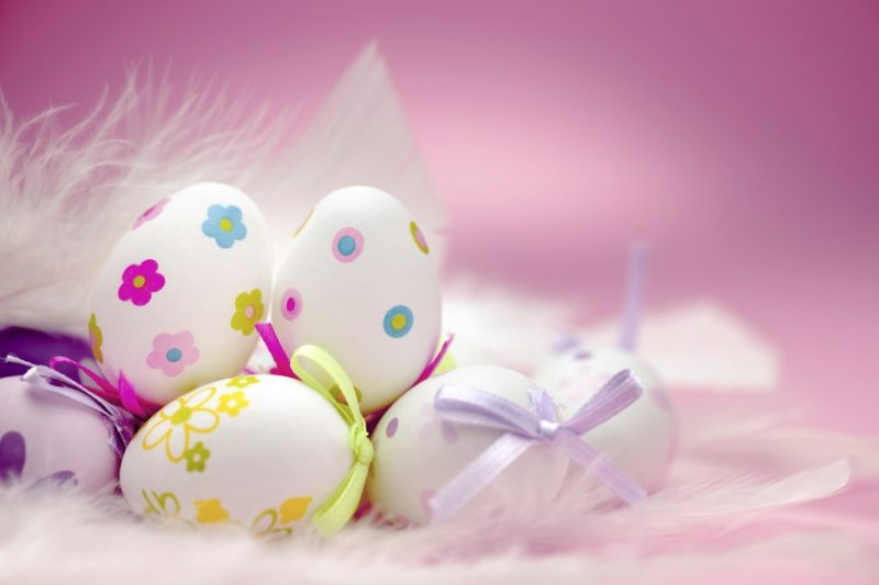 Pastel Easter screensaver