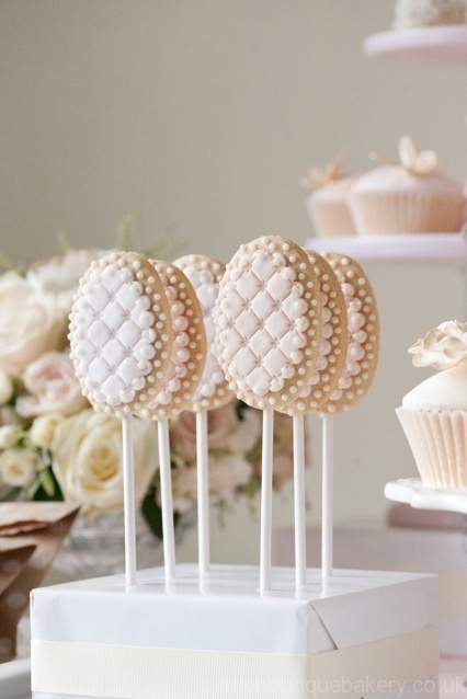 Shabby Chic Cake Pops by Little Boutique Bakery