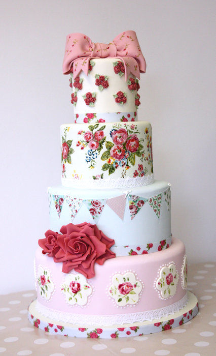 Vintage Rose Cake by Cakes Galore