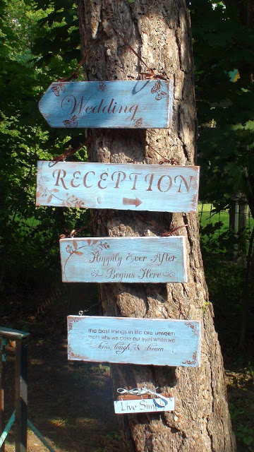 Click Here for More Wedding Signs