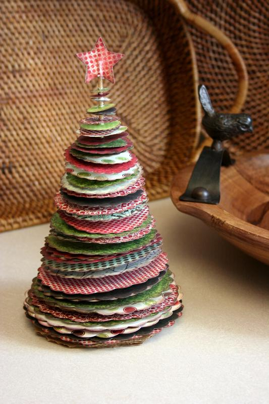Beautiful diy christmas crafts time for the holidays 10 christmas tree decoration idea solutioingenieria Image collections