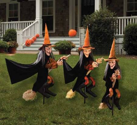 WitchGroupDecoration