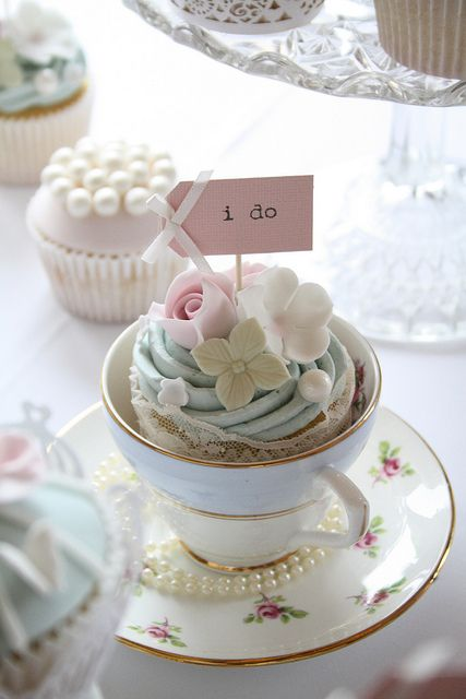 cupcakes in a teacup
