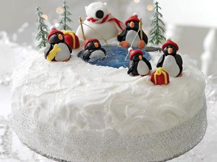 Cute White Penguin Christmas Cake! Click Here for Recipe