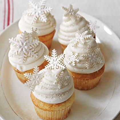White Snowflake Cupcakes Photo Source