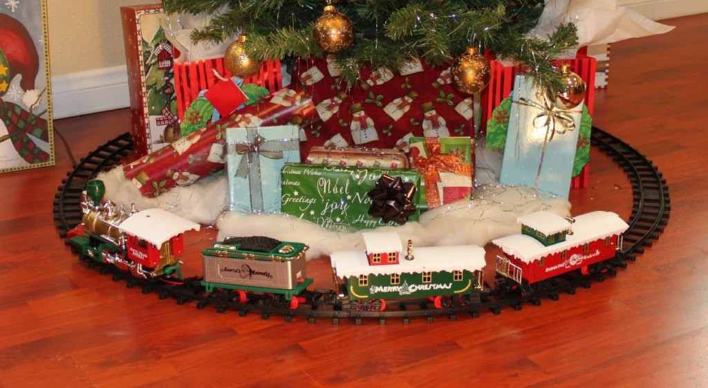 Cute Trainsets for Christmas | Time for the Holidays