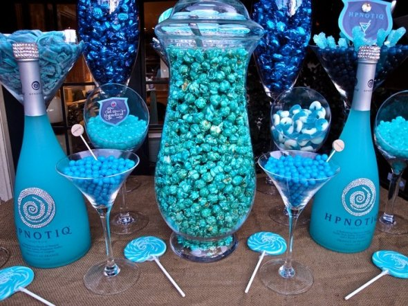 draft_lens14998311module156067007photo_1325193521blue_candy_buffet