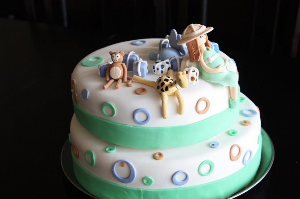 girl's jungle cake