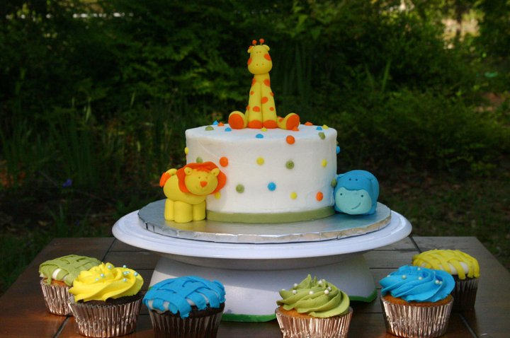 yellow-blue-and-green-jungle-baby-shower-cake