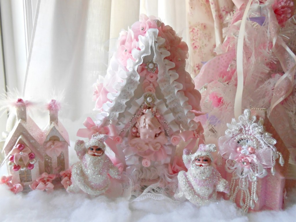 Pink-Christmas-Village-Decor