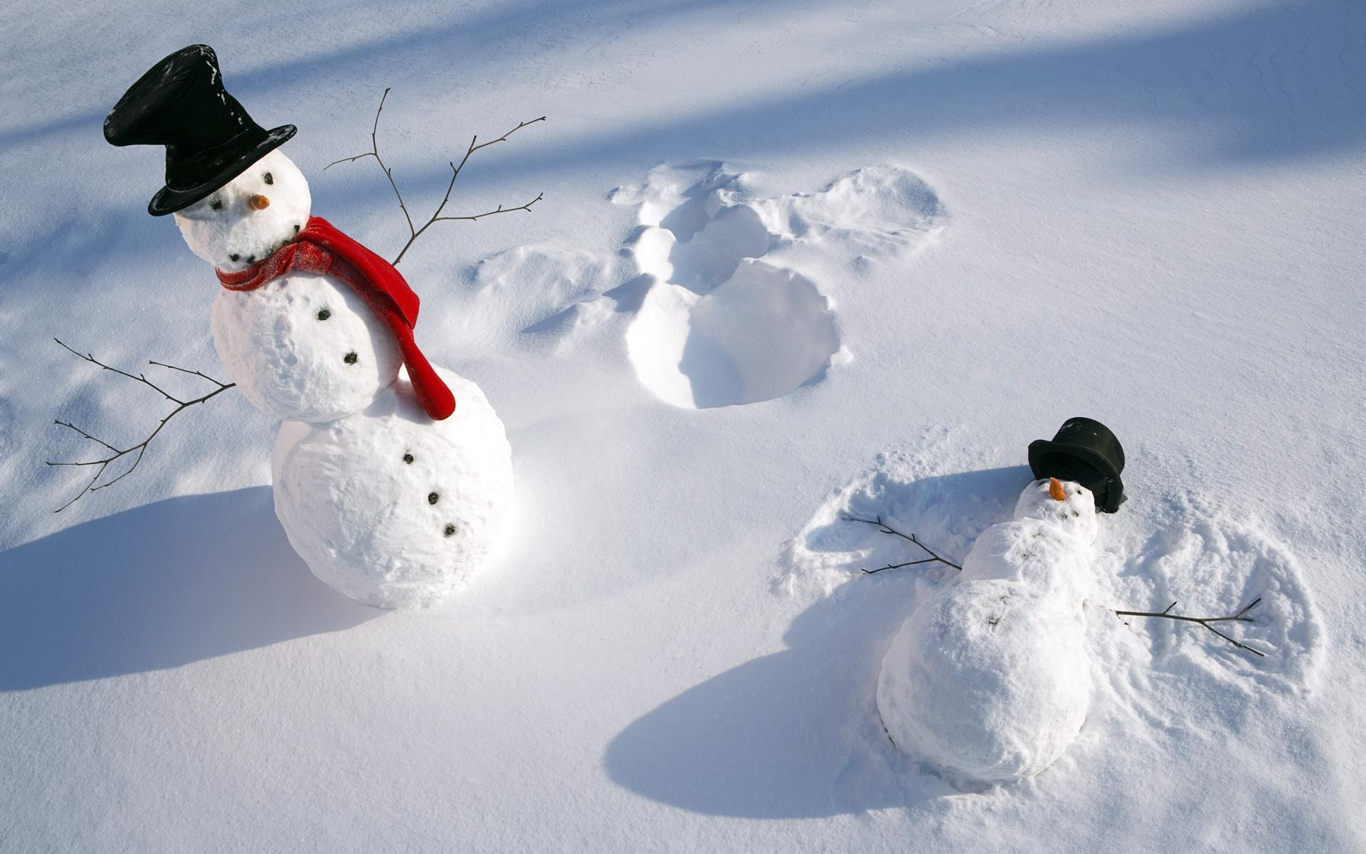 cute_snowmen_snowman_snowy_winter_nature_hd-wallpaper-1277696