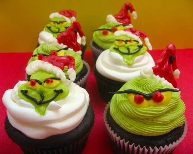 grinch-cupcakes