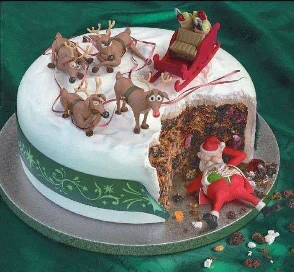 santa-sleeping-cake