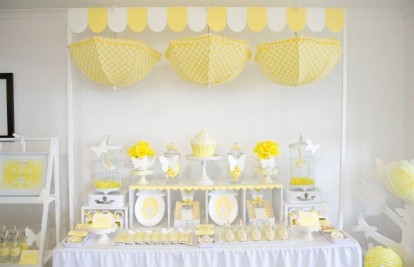 yellow-and-white-birthday-party-600x387
