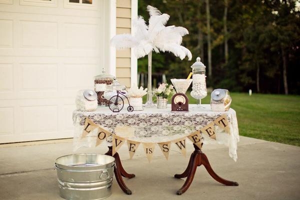 Vintage-Backyard-Wedding-5