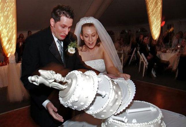 wedding cake disaster