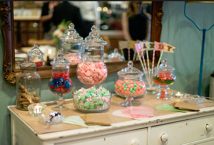 whimsical-candy-display