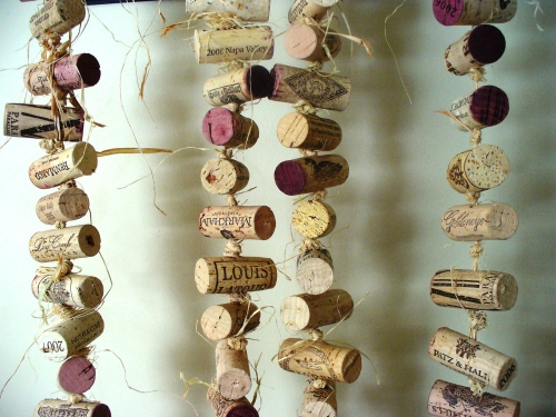 Rustic-Wedding-Cork-Garland