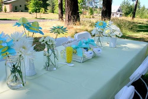 Lemonade Baby Shower Table