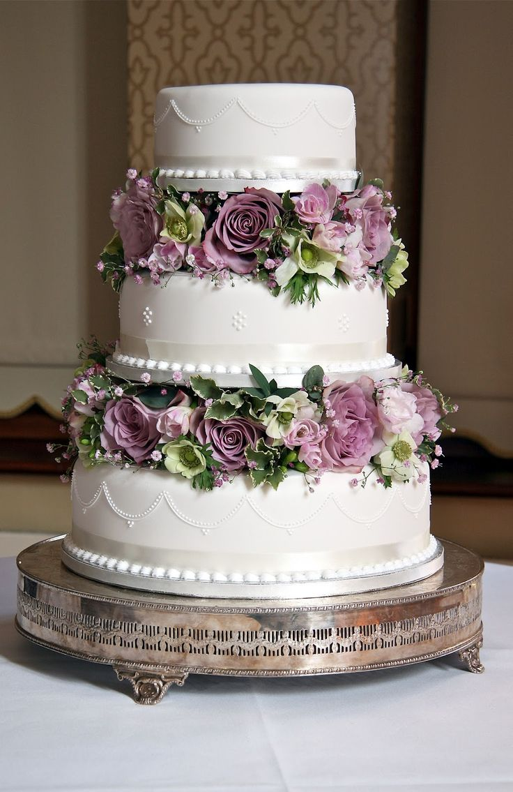 purple-cake-wedding