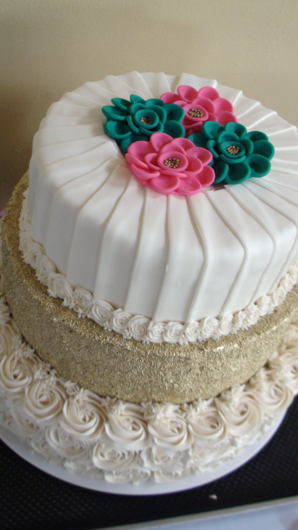 turquoise and pink wedding cake