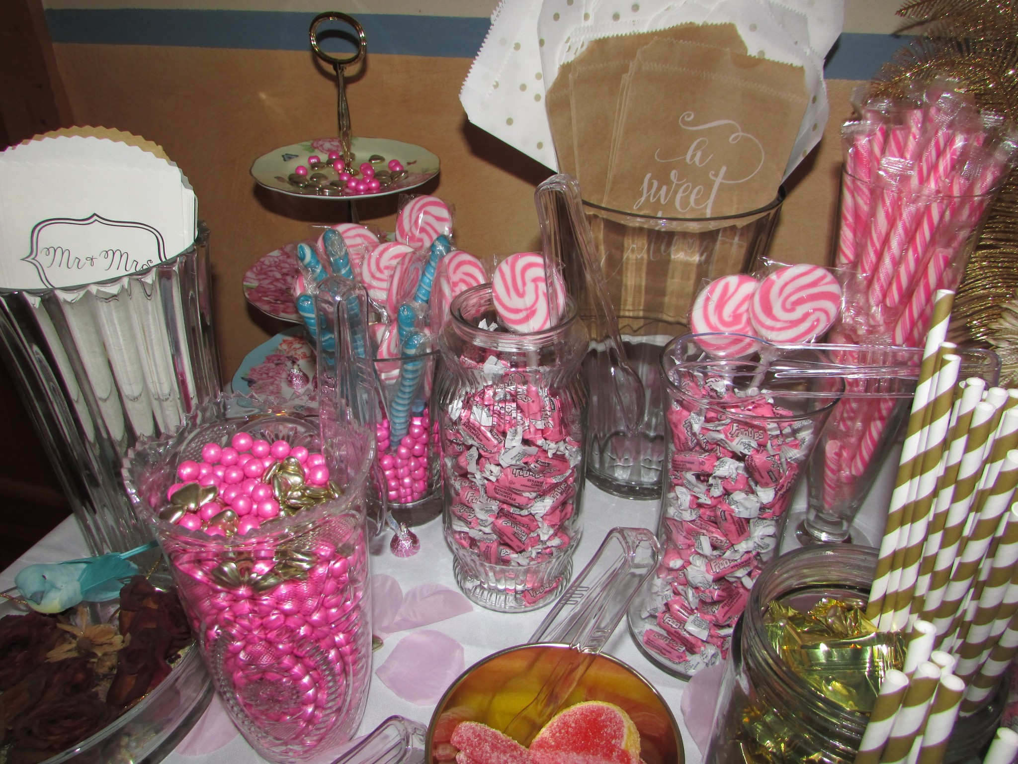 turquoise pink and gold candy bar