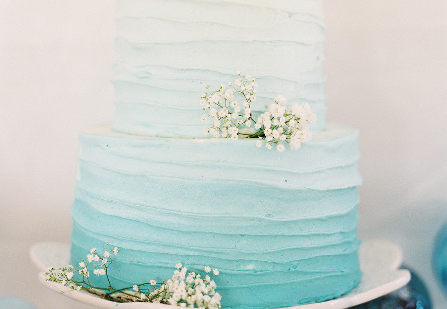 turquoise-ombre-wedding-cake.original