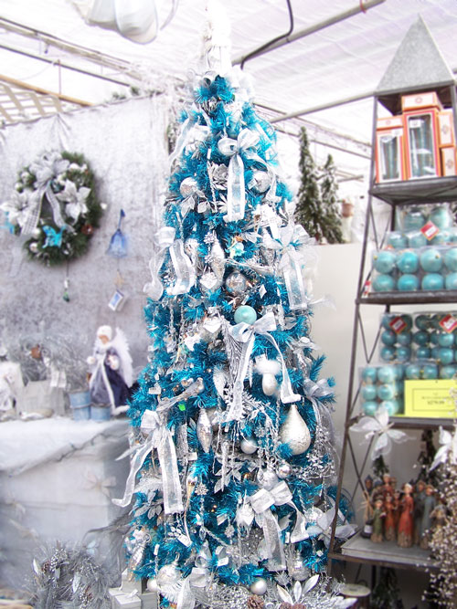 blue and silver christmas tree theme