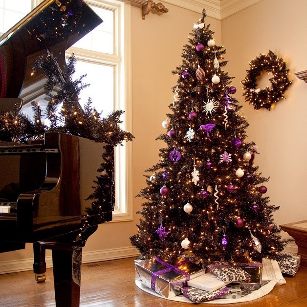 grand piano Christmas decorations