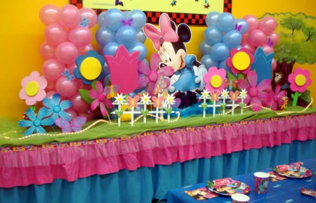 Birthday party decoration with Balloon