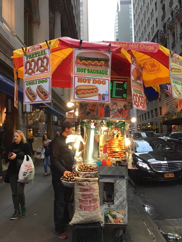 classic-nyc-hotdogstand