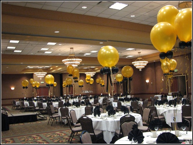 birthday balloons decorating ideas time for the holidays. Black Bedroom Furniture Sets. Home Design Ideas