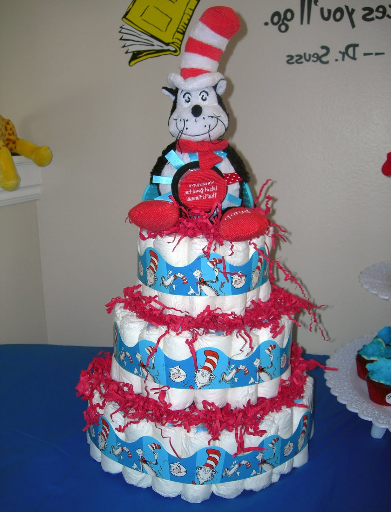 dr-seuess baby deoorations for a baby shower