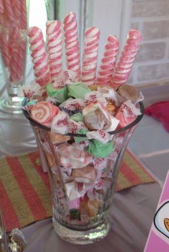 lollipops-pink-baby-shower