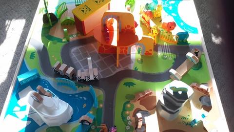 toys r us imaginarium zoo play table