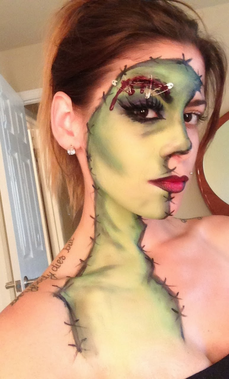 Cool Face Painting Ideas Time for the Holidays - Cool Halloween Makeup For Girls